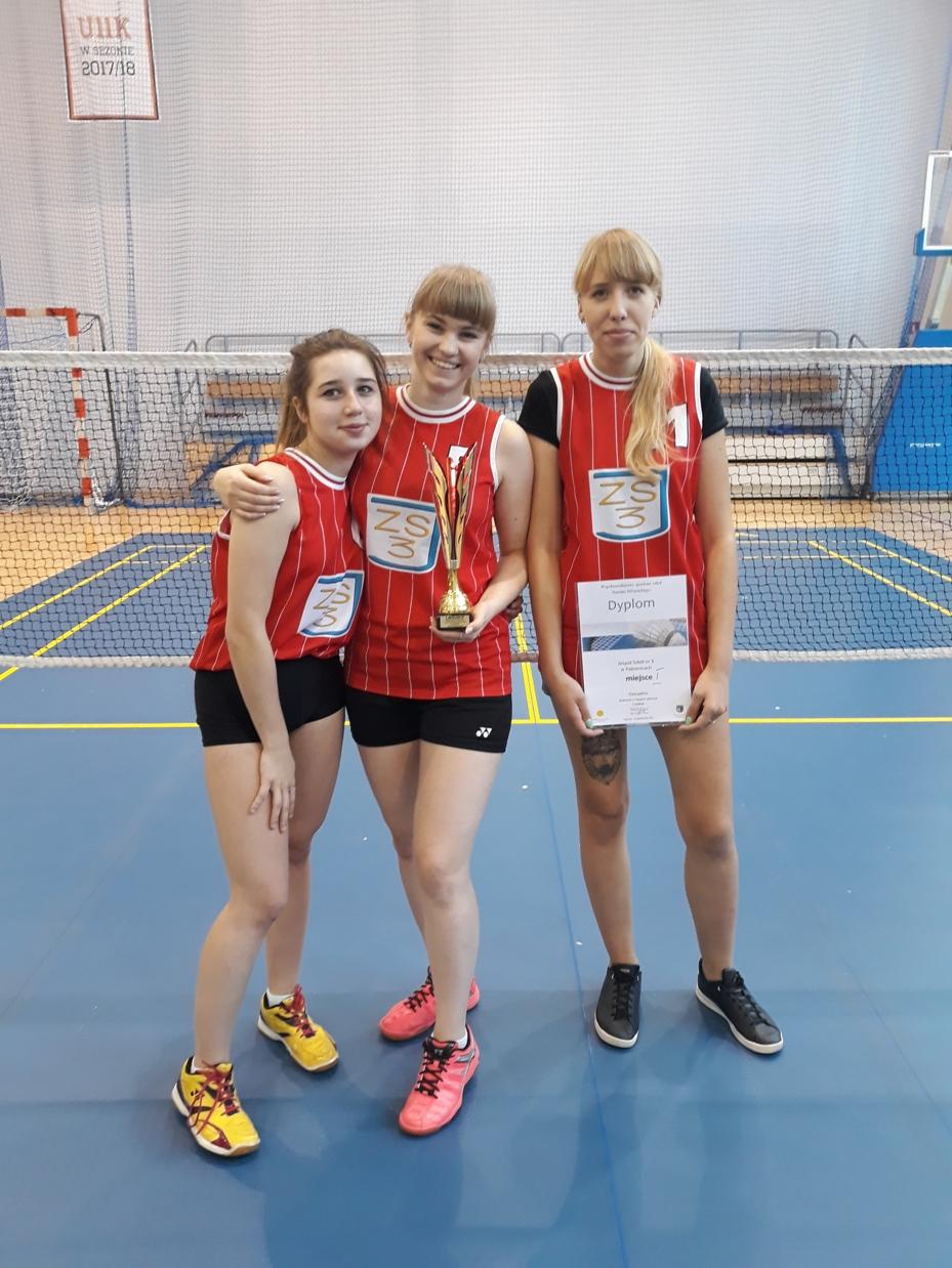 Zawody w badmintonie