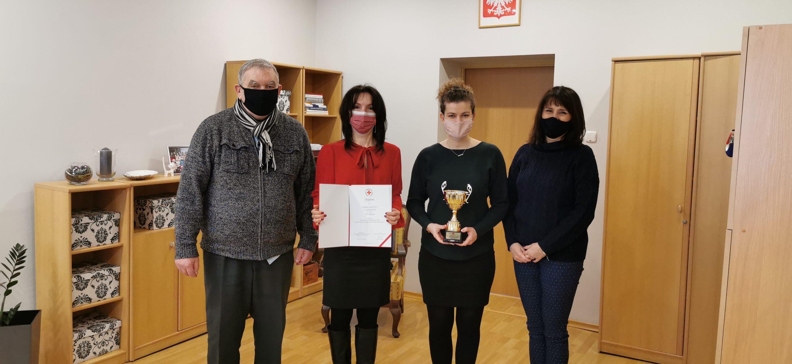 """III miejsce w turnieju """"Młoda Krew Ratuje Życie"""" w kraju"""